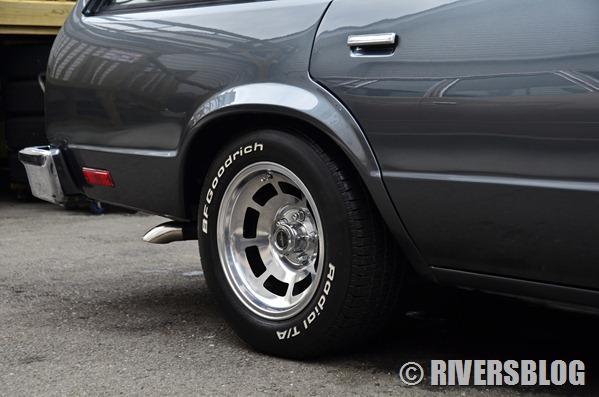 2台並べて記念撮影 82 & 83 Chevrolet Malibu Wagon 1982 1983 シボレー マリブ ワゴン
