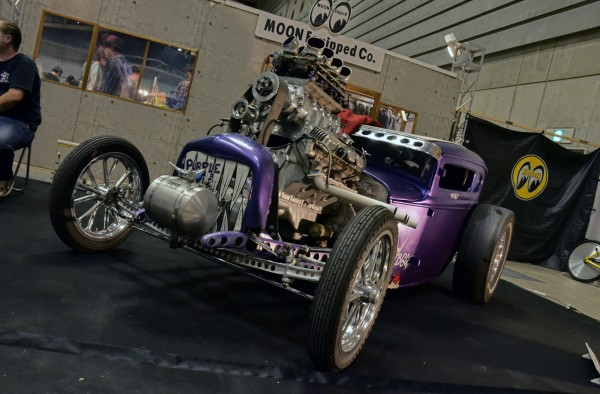20th annual MOONEYES HOT ROD CUSTOM SHOW 2011_397.jpg