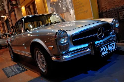 Mercedes_Benz_280SL_HDR.jpg