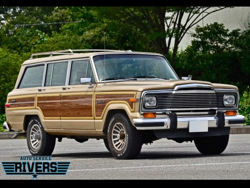 89y_Jeep_Grand_Wagoneer_001.jpg
