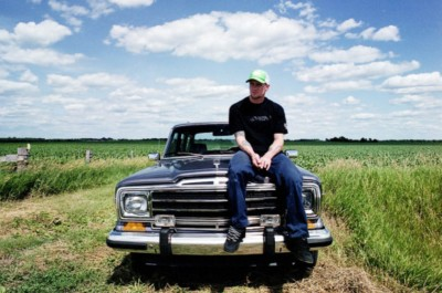 RPR.Mike_and_Wagoneer_Iowa.jpg.3487.2.jpg